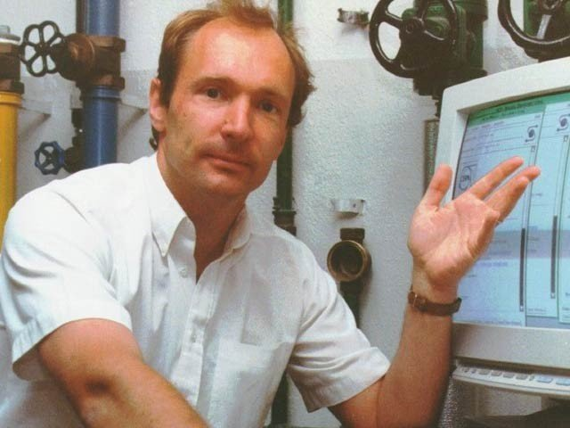 The inventor of the Internet submitted the original code of the World Wide Web for auction