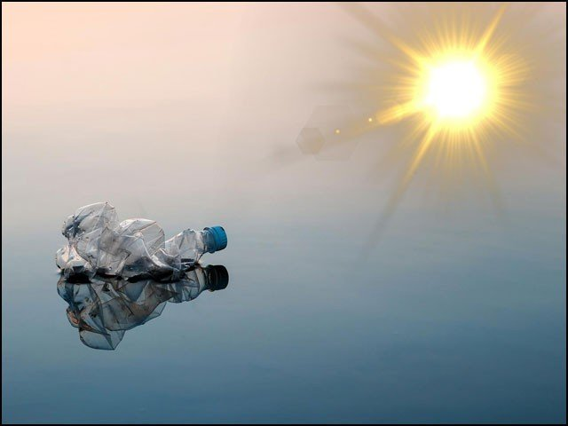 Plastic That Dissolves In A Week With Sun And Oxygen