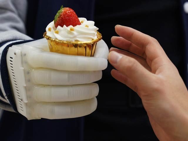 Low Cost Artificial Hand
